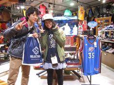 【大阪店】2015.01.05 これまたとってもお似合いカップル!!コービーのリュックは残念でしたが、ご購入して頂いたバッグもイケています(*^_^*)お二人の幸せフェイスを頂きましたっ☆彡ありがとうございます!