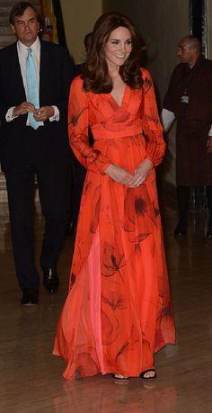 756e24c0d1a Kate Middleton faz tributo ao Butão ao usar vestido com flor símbolo do país