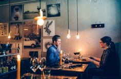 Porvoon ravintolat tarjoavat tunnelmallisia hetkiä ja maukkaita annoksia. Katso kaupungin parhaat ruokapaikat ja löydä…