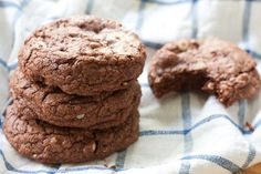 Soft Chocolate Hazelnut Cookies :: incredibly soft on the inside and slightly crip and chewy on the outside
