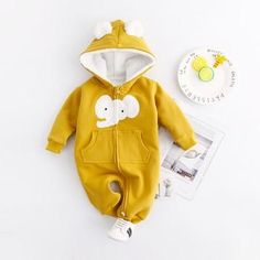Lovely Elephant Printed Long-sleeve Hooded Jumpsuit for Baby