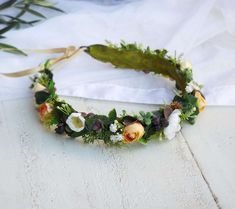 Faux flower crown with orange and white tone silk flowers Cream Flowers, Faux Flowers, Flowers In Hair, Silk Flowers, Purple Flowers, White Flowers, White Flower Crown, Crown Cake, Floral Headpiece