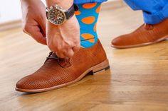 Módne vzorované a farebné ponožky COLLM STYLE SOCKS s veľkým obsahom bavlny. Tieto ponožky sú originálnou a nikdy nestarnúcou klasikou. Veľmi kvalitne ponožky. Men Dress, Dress Shoes, Oxford Shoes, Lace Up, Socks, Style, Fashion, Swag, Moda