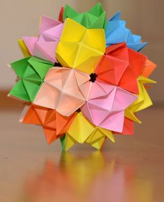Kusudama Super Spike Ball ~ Arte Kusudama