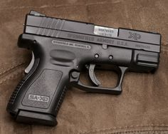 Springfield Xd & Xdm-Assmenbly And Disassembly Gun-Guides Springfield Xd Subcompact, Springfield Armory, Zombie Tactical Gear, Zombie Guns, Taylor Swift Style, Weapons Guns, Way Of Life, Firearms, Hand Guns