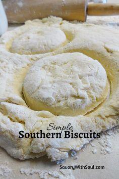 Butter Biscuits Recipe, Homemade Biscuits Recipe, Buttermilk Biscuits, Simple Biscuit Recipe, Homemade Breads, Southern Style Biscuit Recipe, Biscuit Recipe Made With Butter, Recipes For Biscuits, Easy Biscuit Recipe 3 Ingredients