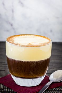 It may sound weird but Egg Coffee is the must have beverage in Hanoi, Vietnam and can easily be made at home in your kitchen. Vietnamese Food, Vietnamese Recipes, Smoothie Drinks, Smoothies, Egg Coffee, Mango, Beverages, Eggs, Baking