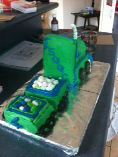 Truck cake for a 4 year old