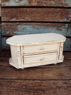 $47. (P4). Vintage Shabby Chic Wood Jewelry Box mirror French Provincial Distressed Chippy Antique Off White Baroque Velvet Ring Rolls Display