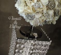DECORATE MY WEDDING Crystal Centerpiece Stand