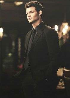 Elijah Mikaelson you classy man. Never seen him without a suit on.
