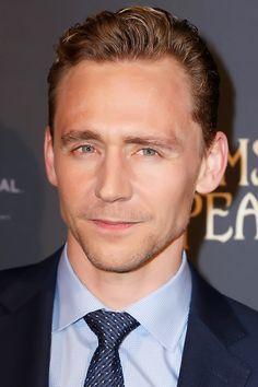 Tom Hiddleston at 'Crimson Peak' Premiere in Paris, France - 28th September. Full size image: http://tomhiddleston.us/gallery/albums/userpics/10001/7527.jpg Source: Tom Hiddleston Fans http://tomhiddleston.us/gallery/displayimage.php?album=578&pid=20904#top_display_media