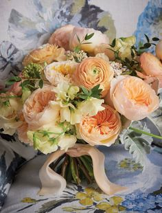 JULIET - David Austin Luxury Cut Roses from The Real Flower Company