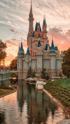Wallpaper iphone disney castle wallpapers New ideas Disney World Fotos, Disney World Pictures, Walt Disney World, Disney World Castle, Disney Kunst, Art Disney, Disney Ideas, Disney Aesthetic, Travel Aesthetic