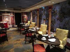 Breakfast room at Hotel Le Bellechasse in Paris