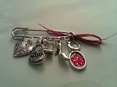 Pregadeira 6,90€ Jewelery, Reading, Books, Charms, Jewelry, Jewels, Libros, Bijoux, Schmuck