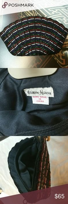 NEIMAN MARCUS. SMALL COSMETIC BAG NWOT Beautiful beaded cosmetic bag. Very intricate detail. Handmade. Neiman Marcus. Brand New Neiman Marcus Bags Cosmetic Bags & Cases