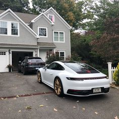 Image may contain: car, house and outdoor Porsche 911, Porsche Sports Car, Porche Car, Porsche Sportwagen, Tuner Cars, Top Cars, Car Photography, Exotic Cars, Sport Cars
