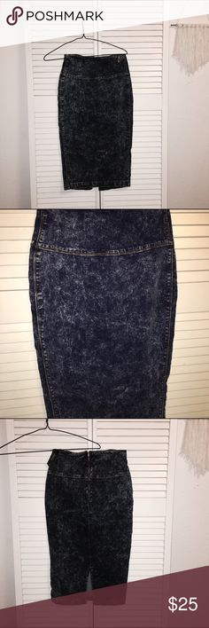Acid wash denim skirt New with tags! Has a rustic feel, while still looking clean cut. There are zero flaws! Skirts Pencil