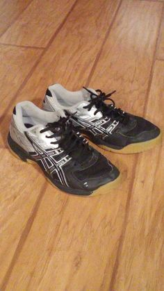 uk availability e0401 5c407 Womens Asics Volleyball Shoes Size 5.5  ASICS  VolleyballShoes