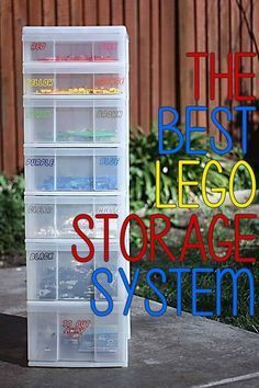 How to organise lego by colour, size, set or purpose. Plus ideas on how to display Lego. The ultimate Lego storage guide! Kids Storage, Storage Hacks, Toy Storage, Storage Ideas, Lego Storage Drawers, Storage Containers, Legos, Lego Lego, Lego Hacks