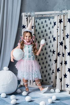 Cute baby photography disney 28 new ideas Jazz Dance Photography, Cute Babies Photography, Shadow Photography, Levitation Photography, Kids Fashion Photography, Children Photography, Dress Up Costumes, Baby Costumes, Circus Outfits