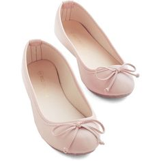 Jaunty Saunter Flat in Blush. This blush-pink ballet flats vogue simplicity infuses every step with Pink Ballet Shoes, Slip On Shoes, Pink Flats, Bow Flats, Pink Flat Shoes, Cute Flats, Cute Shoes, Pretty Shoes, Beautiful Shoes