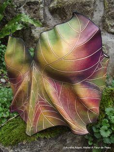 Leather leaves corset  ©Aurélie Adam