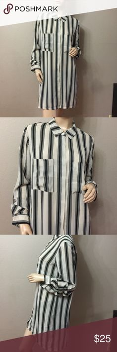 NWOT 😍LONG SLEEVE BUTTON DOWN STRIPED BLOUSE😍 Long sleeve button down blouse to you every day essentials wardrobe. With 2 pockets. This blouse is lightweight and slightly sheer for comfy fit. Long sleeves can be adjusted to 3/4'. Collar and from button closures. Dress this top up or down with some dark skinny jeans and heels. 100% polyester. Timing Tops Blouses