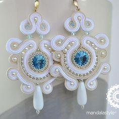 Soutache white bridal earrings with Rivoli Swarovski Bead Jewellery, Boho Jewelry, Jewelry Crafts, Women Jewelry, Soutache Necklace, Beaded Earrings, Earrings Handmade, Shibori, Tutorial Soutache