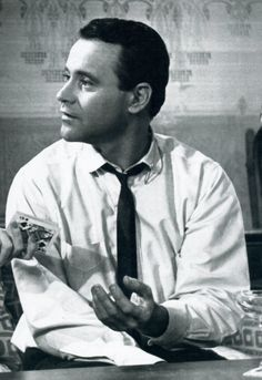 Jack Lemmon in The Apartment Classic Hollywood, Old Hollywood, 1960s Movies, Jack Lemmon, Video Film, Cinema, Actors, Dancers, Celebrities