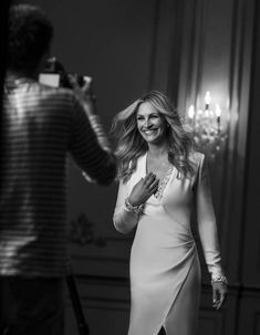 "Here some behind the scenes pictures of the new ""La Vie Est Belle"" commercial, starring Julia Roberts. The much anticipated short movie for the Lancôme..."