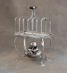 Sterling Silver Toast Warmer Rack Alcohol stove with wick and cap. Asprey & Co Limited Birmingham, 1912 Grid, rack, stand and stove are hallmar Vintage Silver, Antique Silver, Pie Bird, Silver Tea Set, Toast Rack, Copper Lamps, Copper Kitchen, Butler Pantry, Serving Trays