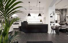 Svartvita rum Stockholm, Blogg, Pretty, Retail, Design, Home Decor, Decoration Home, Room Decor, Sleeve