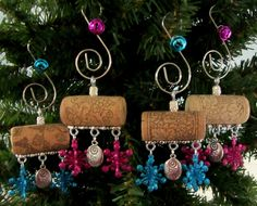 Peace on Earth Wine Cork Christmas Ornament by PleasantPresents Christmas Ornaments To Make, Christmas Projects, All Things Christmas, Holiday Crafts, Holiday Fun, Christmas Crafts, Christmas Decorations, Snowman Ornaments, Christmas Tree