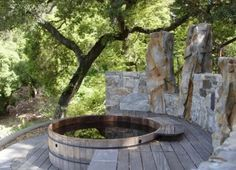 Whirlpool Feuerstelle Ideen Pool Kombination | Relaxing Garden ... Wirkungsvolle Feuerstelle Poolbereich
