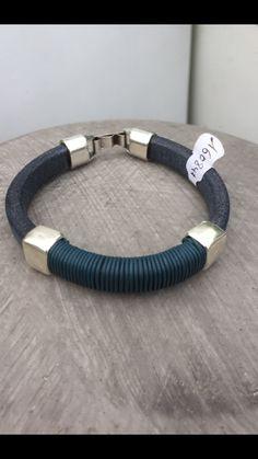 Men's bracelet leather divino Blue and silver claps , handmade by Cosas Bonitas