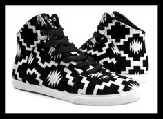 Last year, Supra dressed some kicks in attire inspired by tradition Mexican blankets. This year, its drawing inspiration from Native American designs for two pairs of sneakers. The Cuttler and Assau Navajo, Native American Patterns, Walk In My Shoes, Golf Fashion, Crazy Shoes, Skate Shoes, Swagg, High Top Sneakers, Kicks