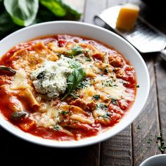 Lasagna Soupfrom Cafe Delites cuts the carbs of traditional lasagna for healthy Italian-inspired recipe. The slow-cooker recipe is perfect for when you're craving comforting flavors of cheese ground beef without the heavy calories.