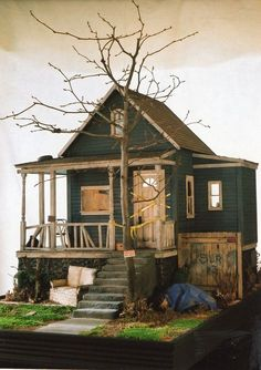 Kat Pruett meth lab house winner creatin contest using lisas country cottage kit Miniature Rooms, Miniature Houses, Mini Houses, Fairy Houses, Doll Houses, Mini Doll House, Glitter Houses, Miniture Things, Stop Motion