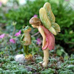 Miniature Fairy Kisses a Frog Figurine - Woodland Knoll Themed Fairy Garden Accessory - Fairy Garden Fairy Garden Houses, Fairy Gardening, Fairies Garden, Indoor Gardening, Garden Whimsy, Garden Theme, Woodland Garden, Fairy Figurines, Fairy Statues