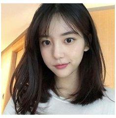 Korean Medium Hair, Korean Short Hair, Medium Hair Cuts, Medium Hair Styles, Long Hair Styles, Ulzzang Short Hair, Clavicut, Round Face Haircuts, Korean Hairstyle Medium Round Faces