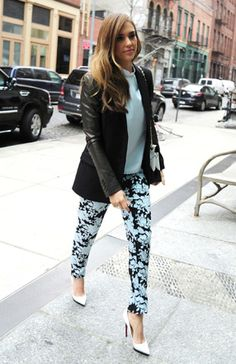 Easy Chic. Get the look: http://www.glamour.it/look/look-1026-easy-chic