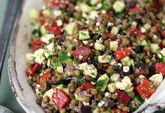 A tasty healthy Greek lentil salad! - A tasty healthy Greek lentil salad! Easy Smoothie Recipes, Salad Recipes, Snack Recipes, Vegetarian Snacks, Going Vegetarian, Easy Snacks, Healthy Snacks, Healthy Recipes, Lentil Salad