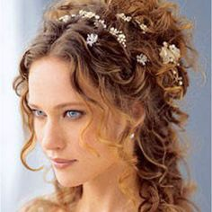 Roman hair style  This would be perfect for a wedding, especially since my hair has this exact curl naturally!!!