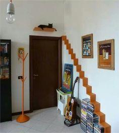 zwei katzen auf selbst gemachten katzenregalen aus ikea mosslanda bilderleisten in wei in. Black Bedroom Furniture Sets. Home Design Ideas