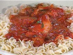 Get this all-star, easy-to-follow Quick Chicken Cacciatore recipe from Rachael Ray