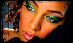 """..."""" quero me enrolar nos teus cabelos """"... moça, composição de waldo, na voz do autor... >>> betomelodia - música e arte brasileira: Moça, Wando"""