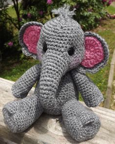 Bébé éléphant Amigurumi au Crochet patron PDF par LisaJestesDesigns