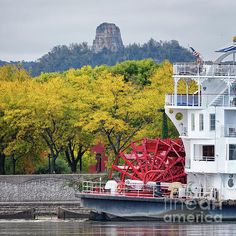 American Queen Paddlewheeler at Winona, Minnesota, on the Mississippi River. In the style of the traditional Mississippi riverboat.